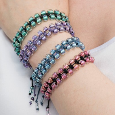 Mini Studio - Macramé Friendship Bracelet Bead Kit