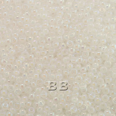 Preciosa Czech glass seed bead 13/0 Opaque White Rainbow