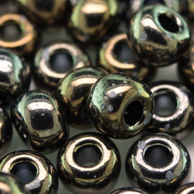Preciosa Czech glass seed bead 32/0 Bronze Iris Metallic coated