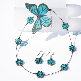 Hawaiian Ocean Florice Necklace – Sterling Silver (black finish) components.