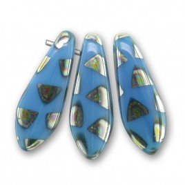 Light blue 5x16mm dagger bead with triangular peacock spots