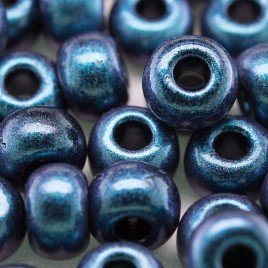 Preciosa Czech glass seed bead 32/0 Blu-Berry iridescent metallic blue with a pink/violet shimmer
