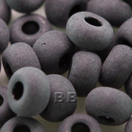 Preciosa Czech glass seed bead 32/0 Jet Black Matt glass