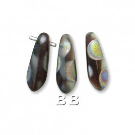 Soft Grey and Smoked Topaz coated with multicoloured peacock spots matt 3x11mm glass dagger bead